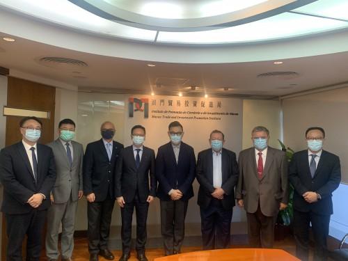 A CCILC visita o Instituto de Promoção do Comércio e do Investimento de Macau